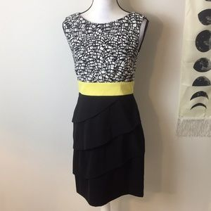 Connected Apparel Black white yellow dress. Size 6